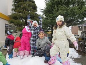 雪遊びをしました(年長組)