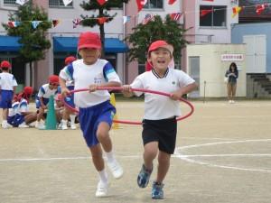 つばめ組が旭小学校の体育大会に参加しました。