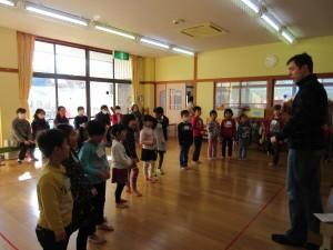 つばめ組の英語参観・保育参観・懇談会がありました!