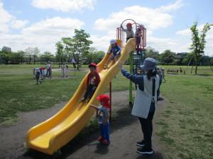 東公園に行きました。